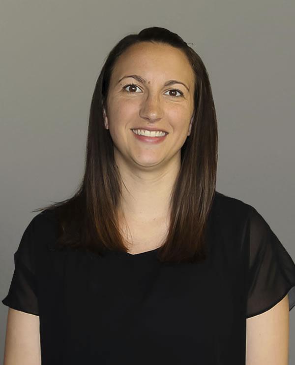 Aleva Stores Team Member Courtney Washer